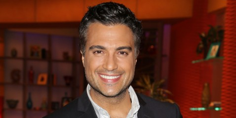 "MIAMI, FL - SEPTEMBER 23: Jaime Camil is seen on the set of Univision's ""Despierta America"" morning show at Univision Headquarters on September 23, 2013 in Miami, Florida. (Photo by Alexander Tamargo/Getty Images)"