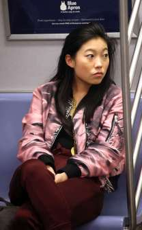 rs_634x1024-170427180018-634.Awkwafina-Oceans-8.ms.042717